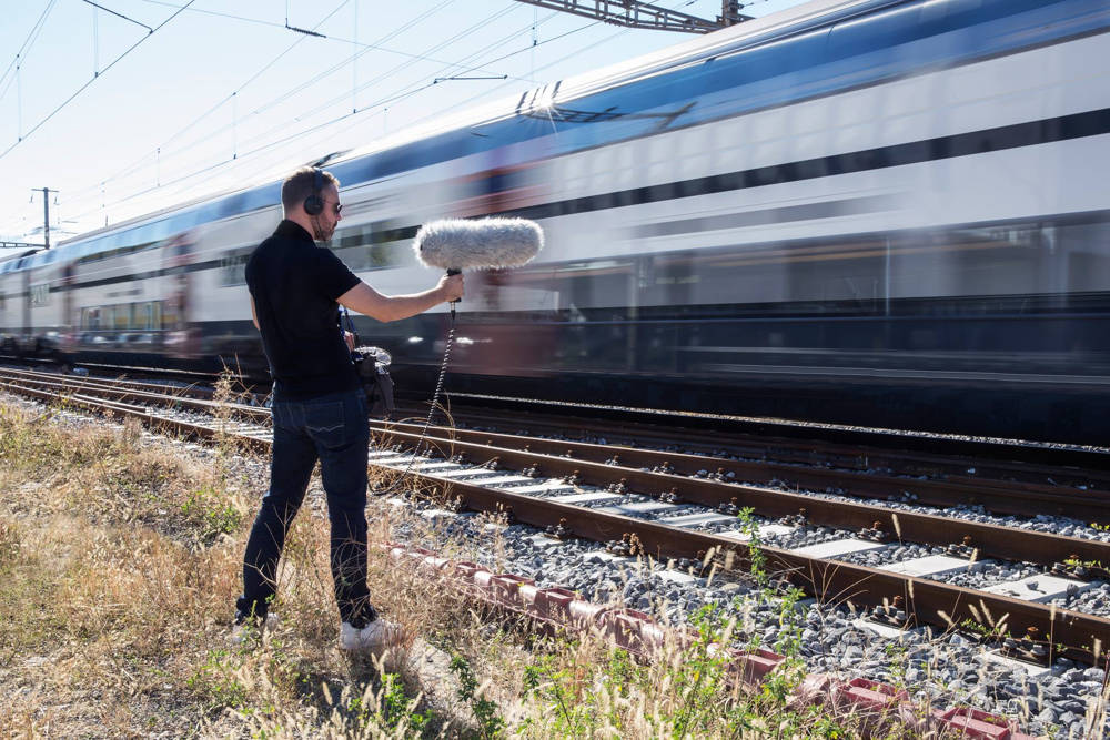 Julien, the sound designer interviewed here, out on the field, recording a high speed train